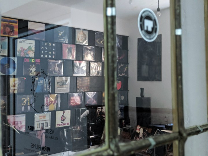 tunes&wings_bucharest_travelguide_Madpiano_records