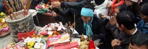 Đi lễ chùa, nhiều người chưa hiểu gì về đạo Phật