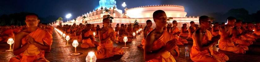 Niệm Mười Danh Hiệu Đức Phật