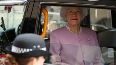 Photo of لماذا لا يضع أفراد العائلة البريطانية المالكة حزام الأمان؟