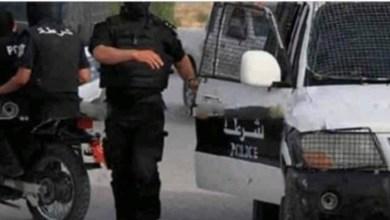 Photo of خطير/شبكة أمنية مزيفة في تونس الكبرى…تعمل تحت أوامر عون حقيقي في الخفاء وتبتز المواطنين مقابل استخراج وثائق !
