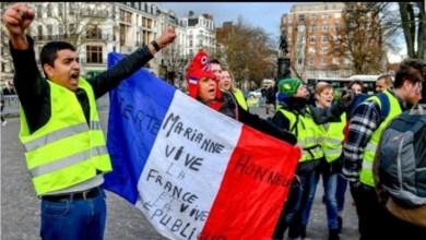 """Photo of السلطات الفرنسية تمنع """"السترات الصفراء"""" من التظاهر في منطقة الشانزليزيه"""