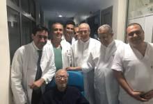 Photo of أوّل صورة للسبسي من المستشفى (صور)
