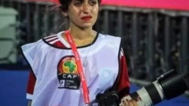 Photo of قصة المصورة الباكية التي حطمت قلوب مشجعي المغاربة و العرب