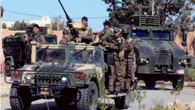 Photo of الآن: نشر تعزيزات أمنية وعسكرية كبرى على معبر رأس جدير تحسبا لتقدم قوات حفتر