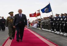 Photo of جربة : قيس سعيد يتابع استعراضا جويا لجيش الطيران التونسي وعدد من الجيوش العربية (صور)