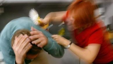 Photo of رجال تونسيون عنفوا جسديّاً ولفظياً من زوجاتهم خلال الحجر الصحي