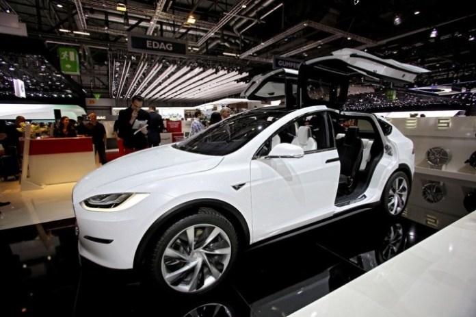 Tesla Model X 005 c77c2832529805c7811eea3aa6069ff5