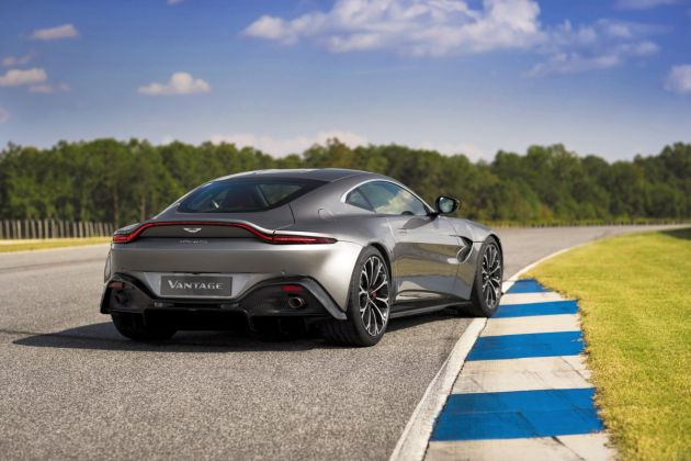 Aston Martin VantageTungsten Silver10 jpg