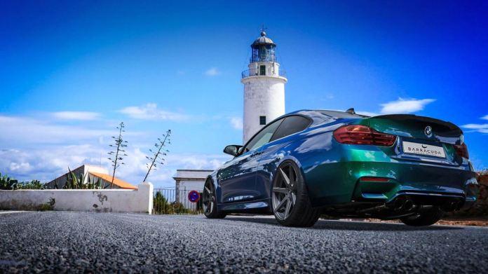 BMW M4 Schräg hinten preview