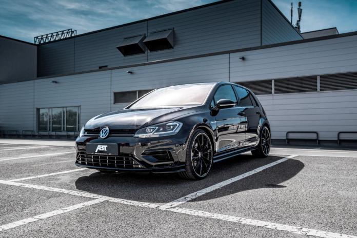 Volkswagen Golf R GR20 Front
