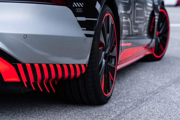 Audi e tron GT 7