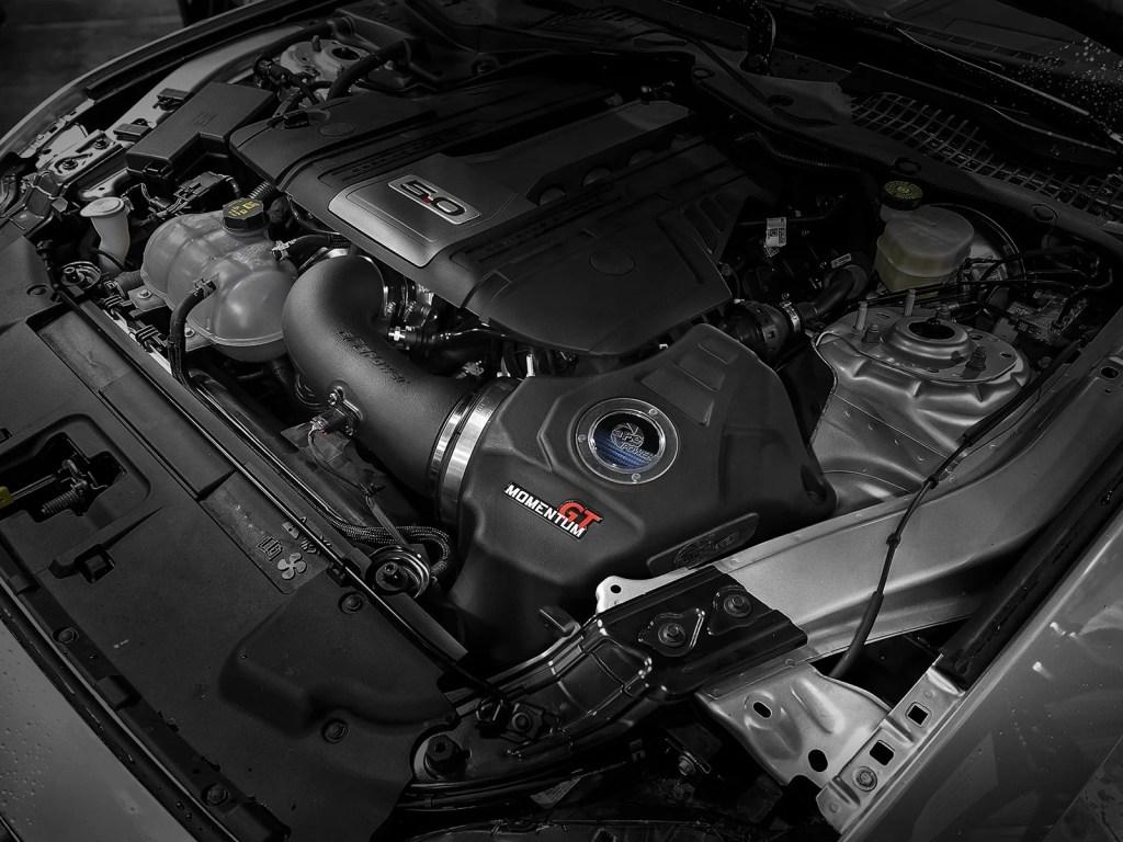 Mustang GT 5.0 Coyote aFe Momentum Intake