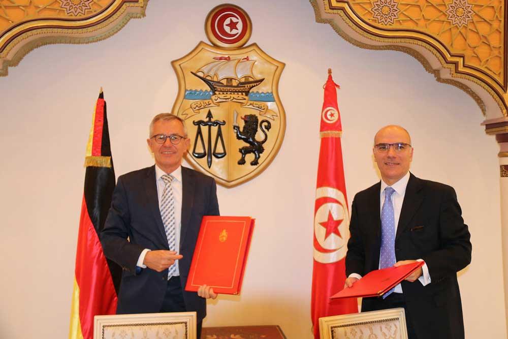التوقيع على اتفاقية قرض وهبة بقيمة 140 مليون يورو تمنحها المؤسسة الألمانية للقروض من أجل إعادة الإعمارKfW