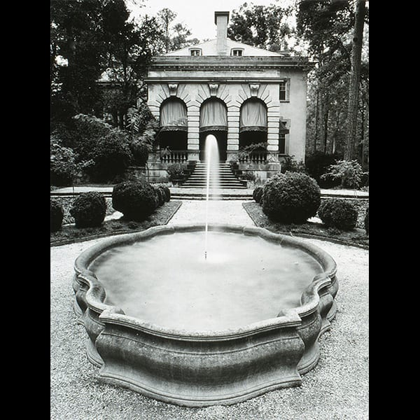 Boxwoods and fountain in the Boxwood Garden at the Swan House in Atlanta, Georgia, historic restoration by Tunnell and Tunnell Landscape Architecture.
