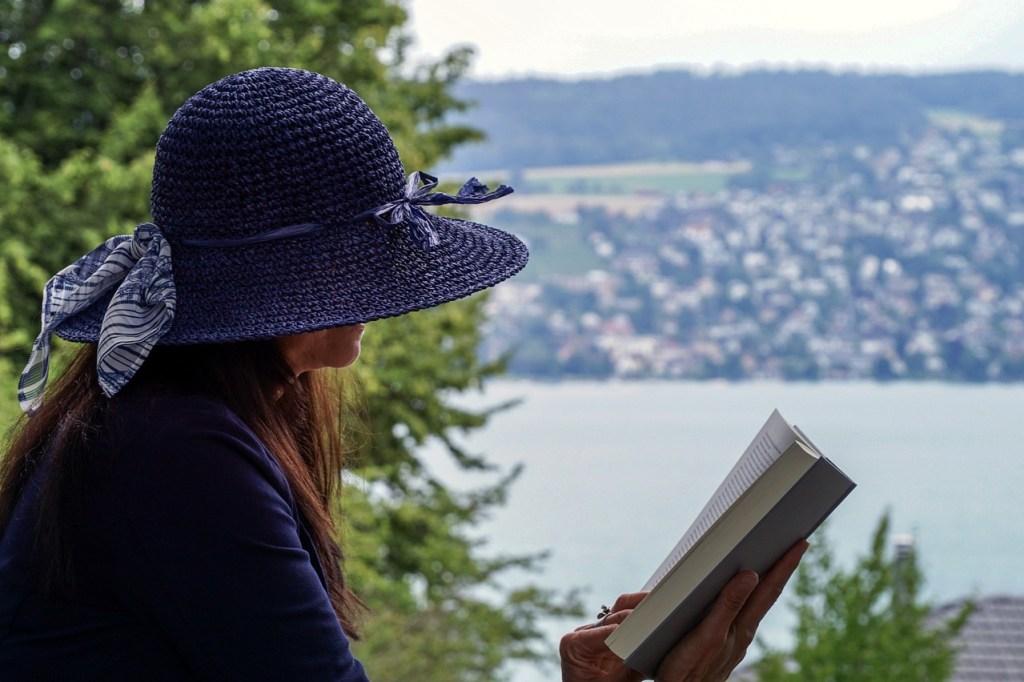 qué significa soñar con leer un libro