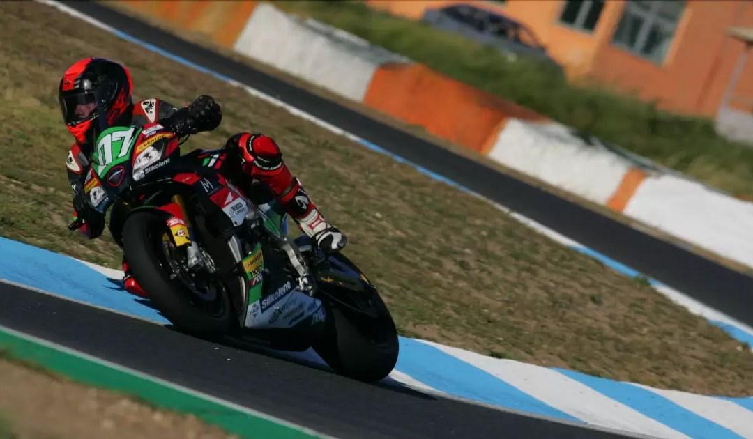Ronda 3 dos Troféus de Naked Bikes no regresso ao CNV Moto e ao vento do Estoril!
