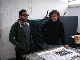 Serigrafistas en el taller de Tupac