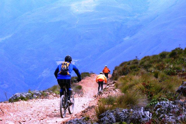 Entre Acequias y San José, bajando al valle de Tostós. Foto cortesía Pueblos del Sur