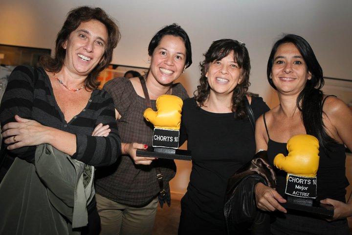 Maria Fernanda Ferro junto a las cineastas Mariana Rondón y Marite Ugas