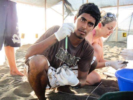 El joven ambientalista Jairo Mora, asesinado en Costa Rica por proteger las tortugas. Foto http://insidecostarica.com/