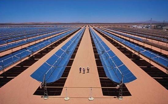 Parábolas solares en el Sahara