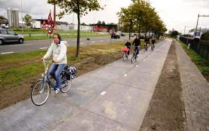 Pista de paneles solares para ciclistas