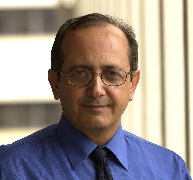 Profesor Behrokh Khoshnevis