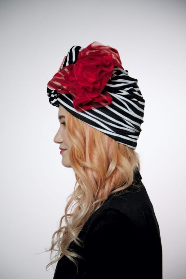 Striped convertible black-white turban hijab hat
