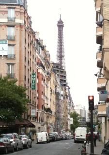 Alle 500 Meter gibt es in Paris eine Metrostation - ehrlich.