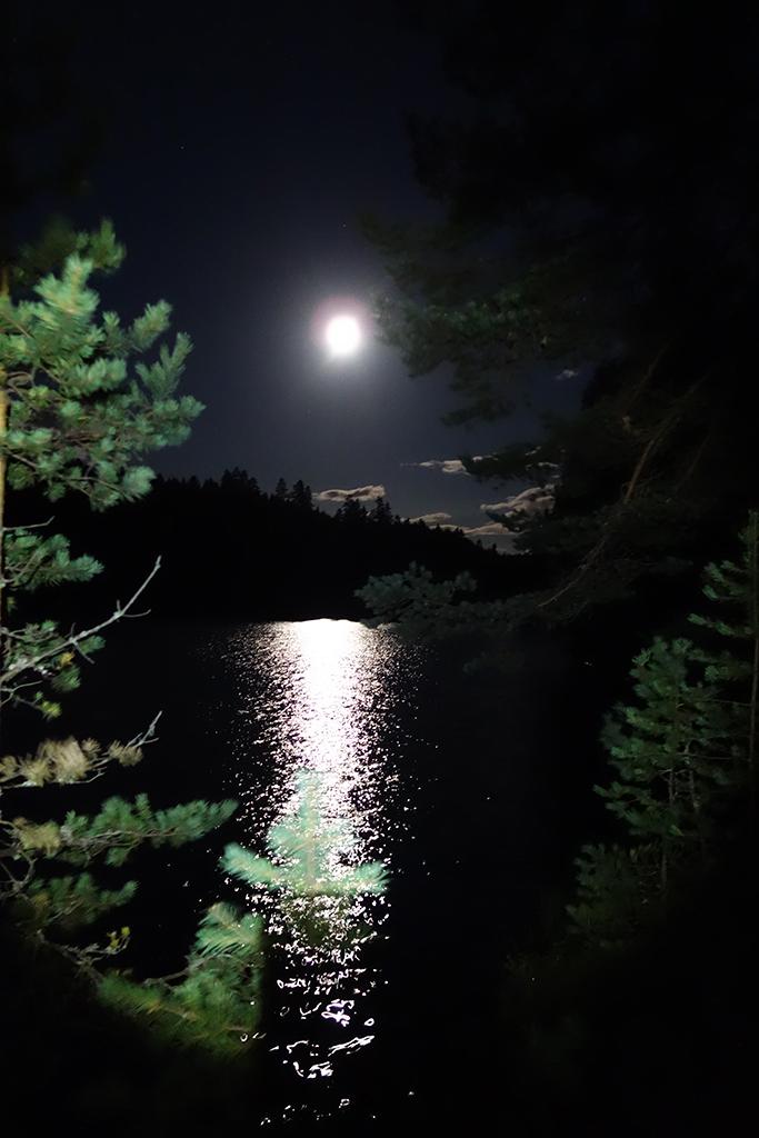 Det var fullmåne hele helgen og flott lys på kveldene