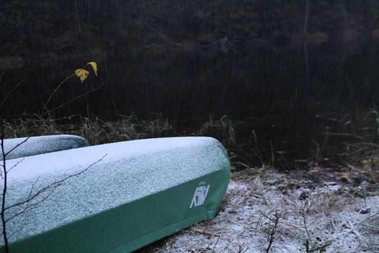 Vi vil ikke ha is inni kanoene og snur de