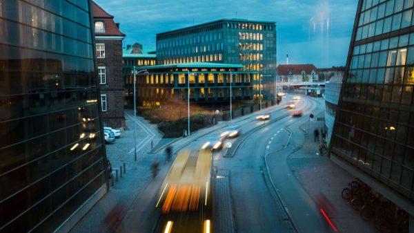 Rejseguiden Lonely Planet har netop udråbt København som den bedste by at besøge i 2019. En uvurderlig reklame lyder det fra branchen og politikere. (Foto: Kate Chenkova/Unsplash)