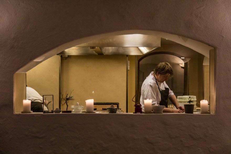 Claus Henriksen takker af efter 13 år som køkkenchef på Dragsholm Slot men vil stadig være tilknyttet slottets Food Lab. (PR-foto)