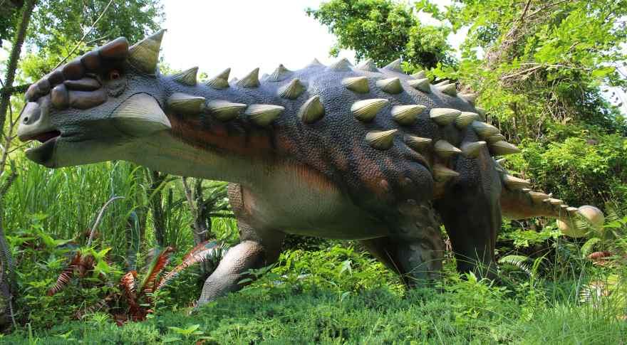 Dinosaurer-modellerne kan opleves i Zoologisk Have København fra april 2021. Foto fra en lignende installation. (Foto: Zoologisk Have/Dino Don)