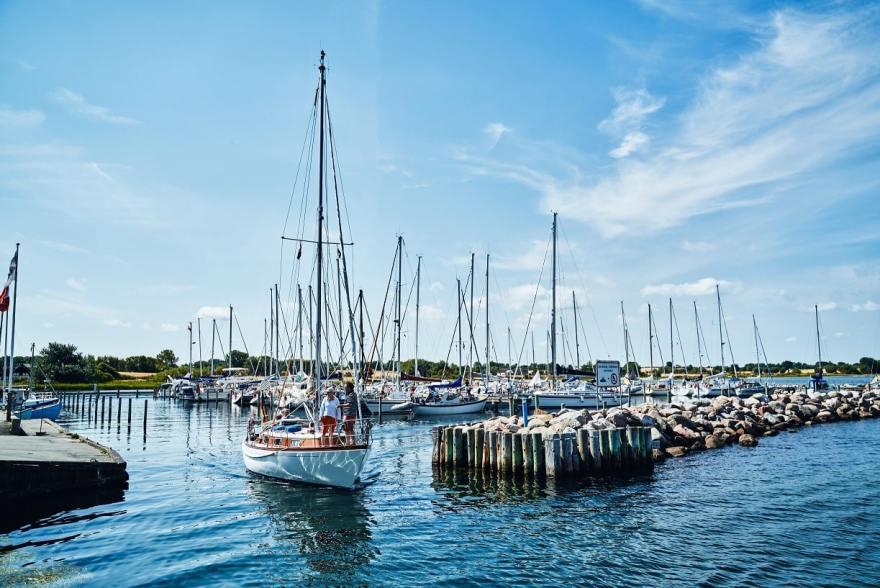 Småøerne knyttes sammen i en fælles maritim turismeindsats for at tiltrække flere gæstesejlere. Foto: Geopark Det Sydfynske Øhav – Fotograf, Kasper Orthmann Andersen.