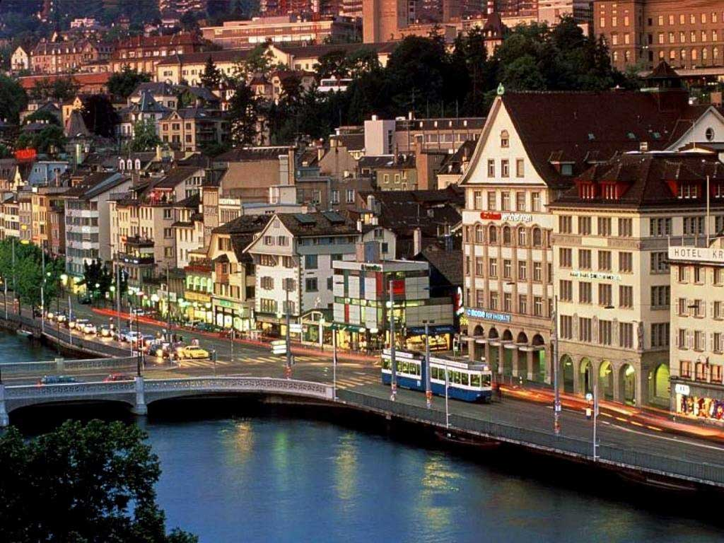 https://i2.wp.com/turismo.culturamix.com/blog/wp-content/gallery/zurique-na-suica/zurique-na-suica-8.jpg