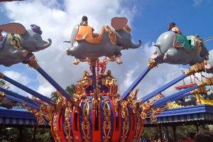 Atrações na Disneyland Paris
