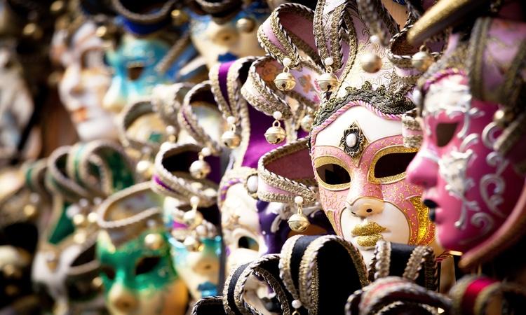 mascara de carnaval em veneza