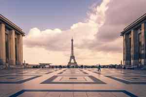 quanto custa viajar para paris