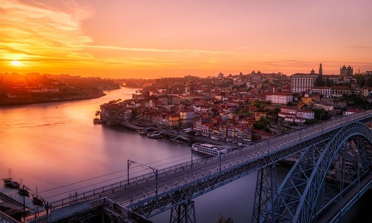 porto numa viagem a portugal de carro