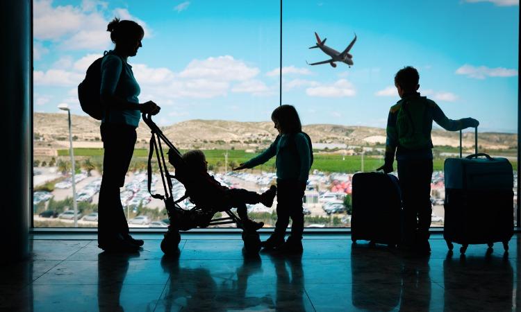 dicas de segurança para viagem mãe e filhos