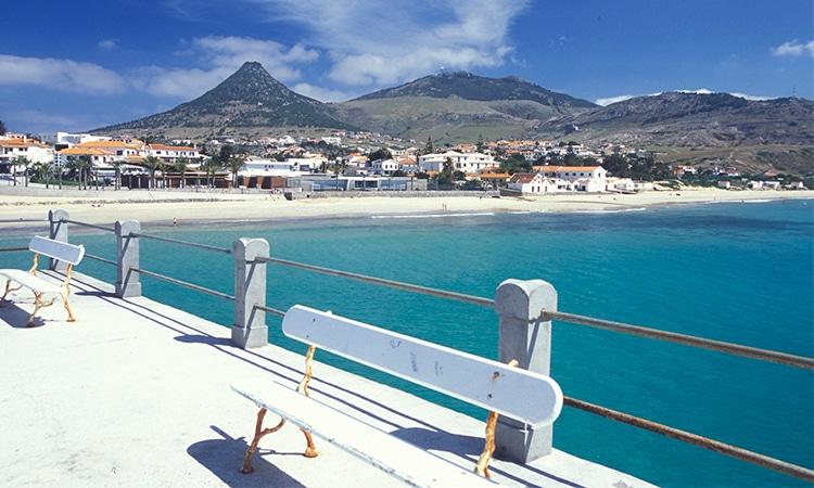 praia de porto santo na madeira portugal