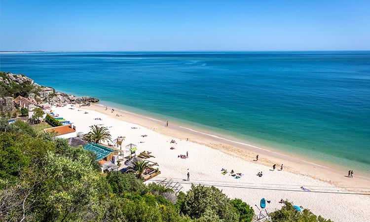 praia dos galapinhos em portugal