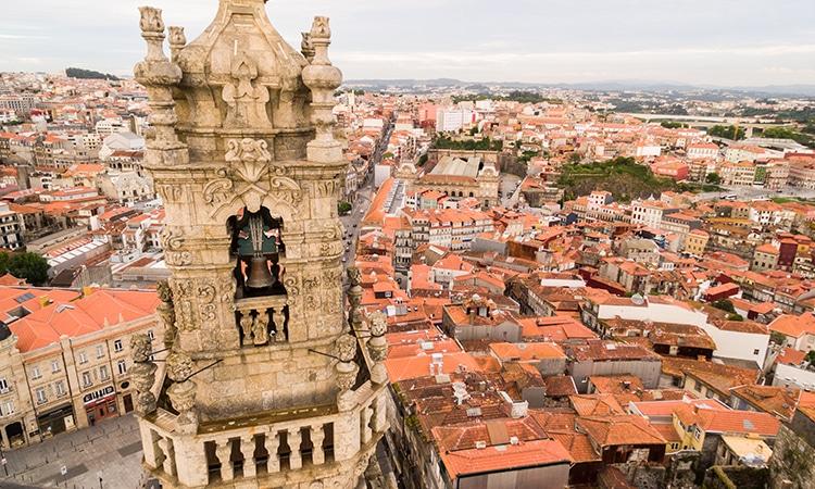 Pontos turísticos do Porto Torre dos Clérigos
