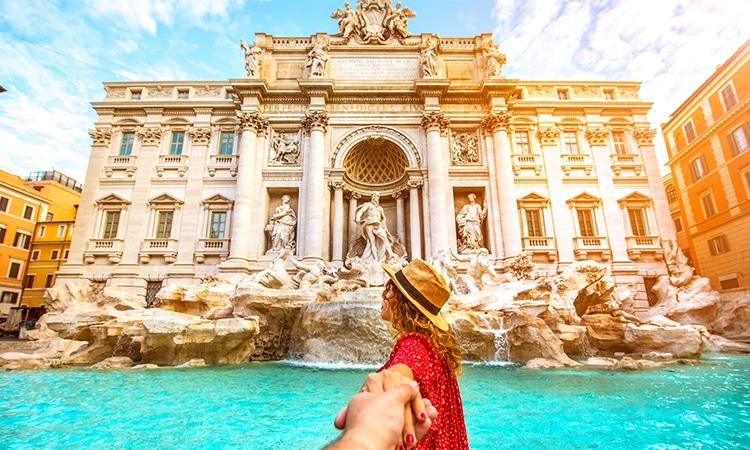 Fontana di Trevi visitantes