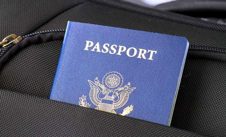 lista de documentos para viajar de avião para a Europa