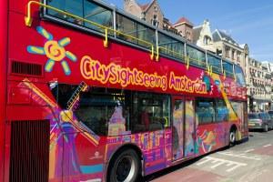 Ônibus de turismo em amsterdam