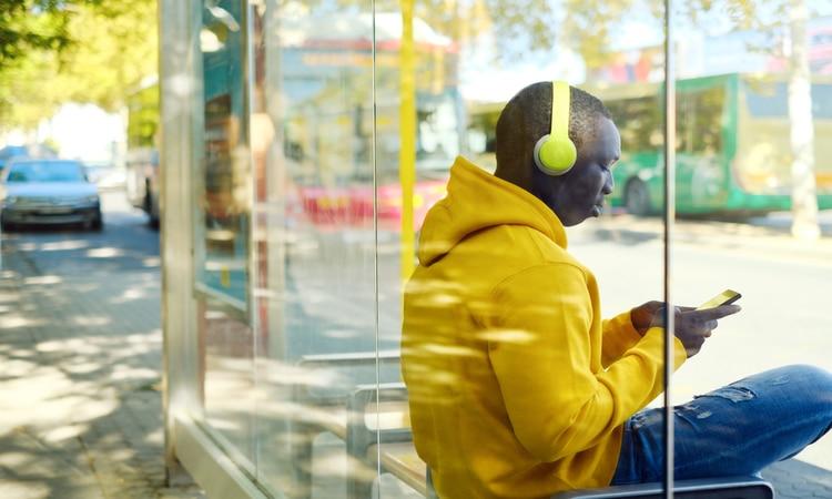 Ouvir podcasts sobre viagens