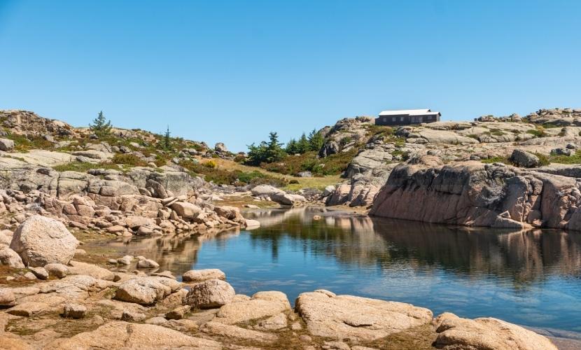 Lagoa comprida na Serra da Estrela